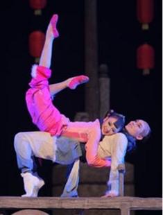 天津歌舞剧院原创舞剧《泥人的事》的图片