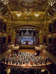 """""""法式浪漫""""瑞士罗曼德交响乐团音乐会的图片"""